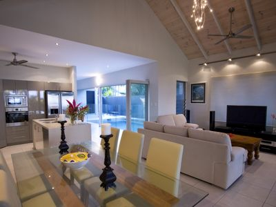 The Mission Position - modern spacious holiday living