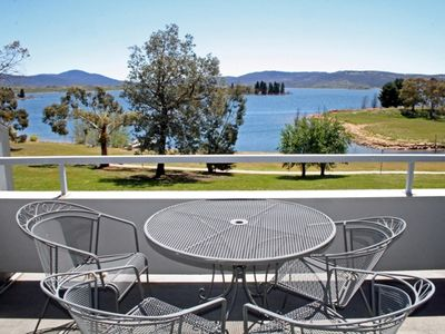 Horizons  418 - Lake Jindabyne Waterfront