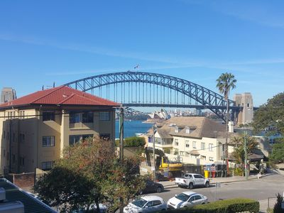 Harbour Bridge and Opera House views from the front door
