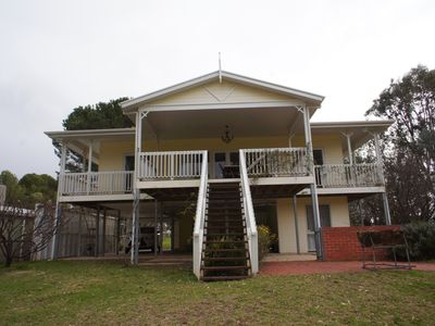 Murrundi Cliffs Holiday Home