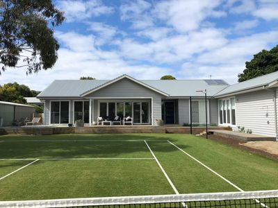 Court & Frontage