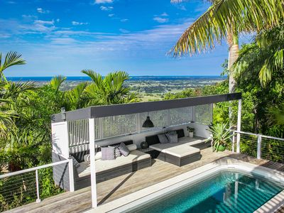 Stargazey - stylish hinterland home with ocean views & pool