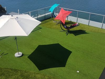 Rooftop mini golf