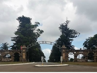Historic arches at the entrance to Avenue of the Allies