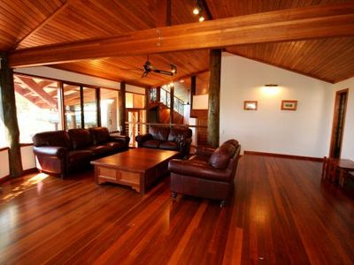 Woodwark House - Whitsunday Holiday Home