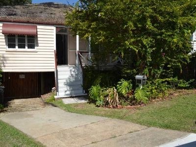 Authentic Queensland Workers Cottage self contained n Pet friendly