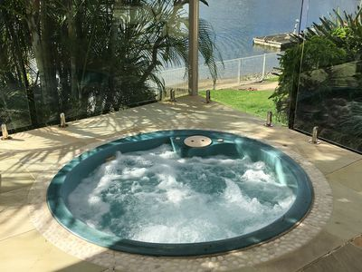Hot spa, undercover with electric opening roof heated 24/7