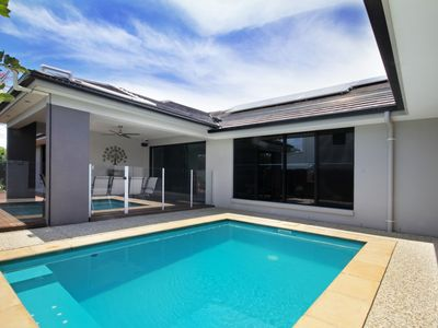 Solar heated pool with spa jets and outdoor dining / BBQ area