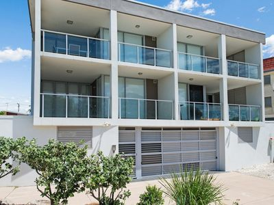 Stunning surfside apartment - 3/74 Boyd St, Woorim