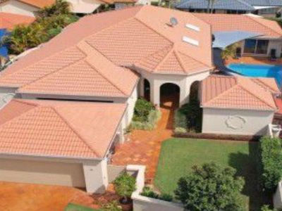 Big home on exclusive Robina Island close to the beach, shopping, stadiums